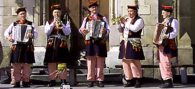 Krakow's street artists, a folk ensemble